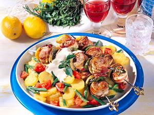 Filetspieße auf Kartoffel-Bohnen-Salat Rezept