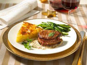 Filetsteak mit Pommery-Senfsoße zu Kartoffelgratin Rezept