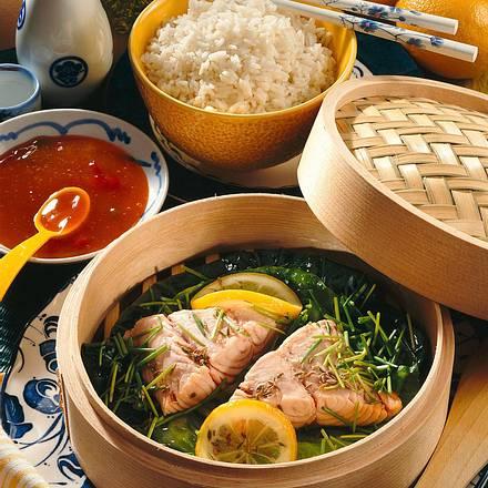 Fisch aus dem Bambuskörbchen Rezept