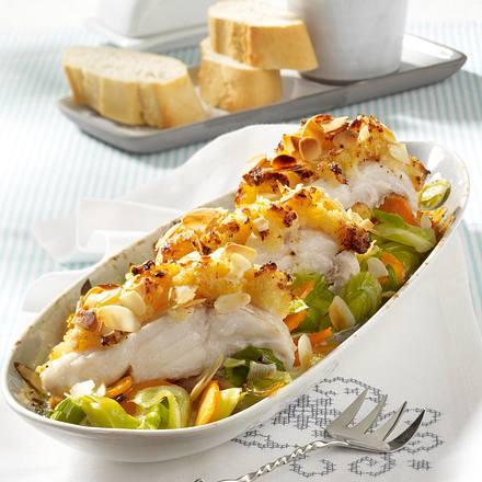 Fisch-Porree-Auflauf mit Butter-Bröseln Rezept