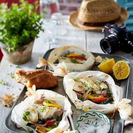 Fisch und Gemüse im Pergament gegart Rezept