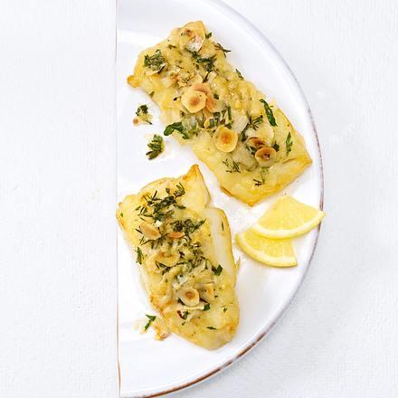 Fischfilet mit Kräuter-Haselnuss-Kruste (Trennkost, Eiweiß) Rezept