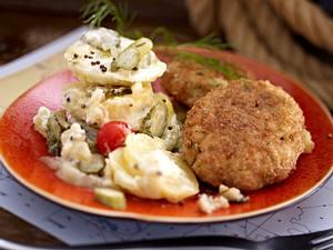 Fischfrikadellen mit Kartoffelsalat Rezept