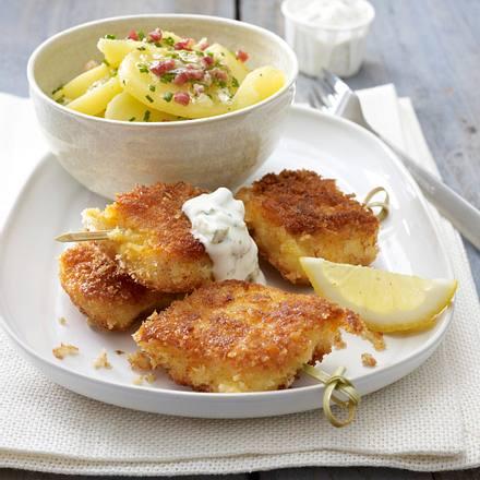 Fischstäbchenspieße mit Speckkartoffelsalat Rezept