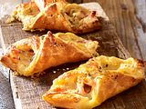 Fixe Käse-Speck-Calzönchen Rezept