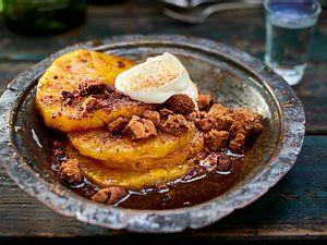 Flammende Ananas mit einem Hauch Anis Rezept