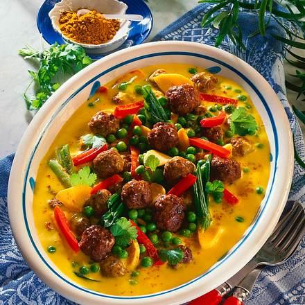 Fleischklößchen in Gemüse-Currysoße Rezept