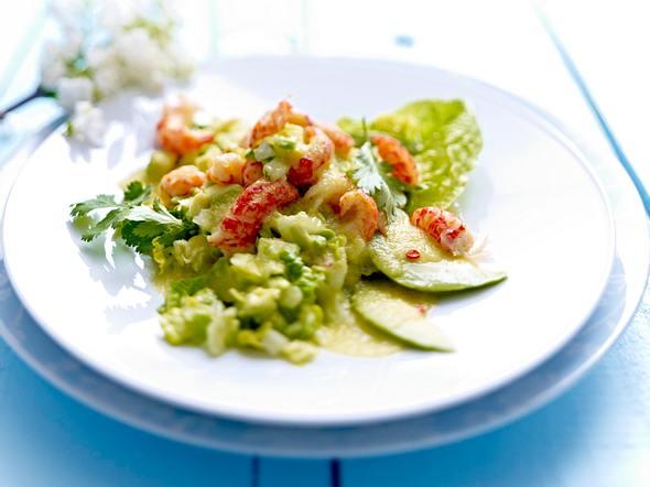 Flusskrebs-Avocado-Salat mit Gurkendressing Rezept