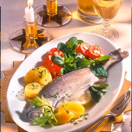 Forelle und Salat Rezept