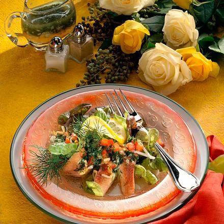 Forellen-Salat mit Dill-Marinade Rezept