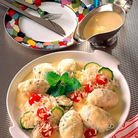 Forellenklößchen auf Gemüsereis Rezept