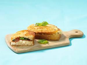 French Toast mit Mozzarella Rezept