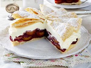 Friesentorte mit Pflaumenkompott Rezept