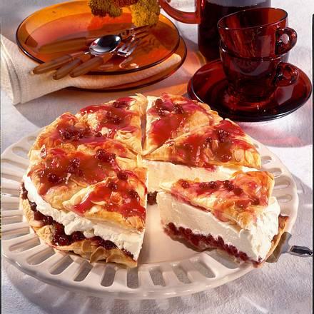 Friesentorte mit Preiselbeeren Rezept