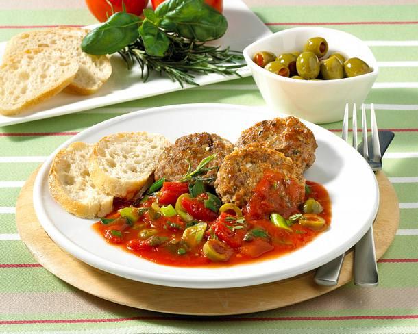 Frikadellen in Tomaten-Kräuter-Soße Rezept