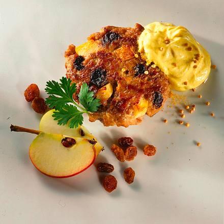 Frikadellen mit Rosinen und Apfel Rezept