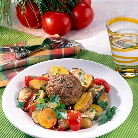 Frikadellen zu Tomaten-Zucchini-Gemüse (Diabetiker) Rezept