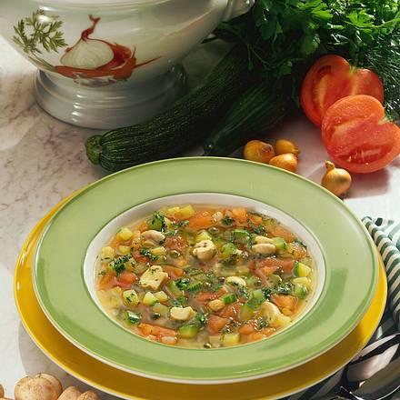 Frische Kräuter-Gemüsesuppe Rezept