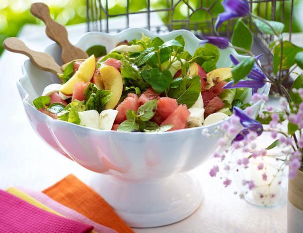 frischer mozzarella melonen salat rezept chefkoch rezepte auf kochen backen und. Black Bedroom Furniture Sets. Home Design Ideas