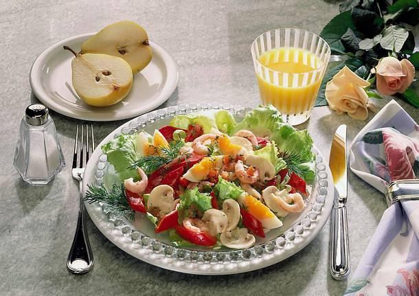 Frischer Salat mit Krabben Rezept