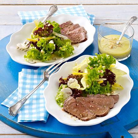 Frischer Salat mit Meerrettich-Vinaigrette zu Sesam-Filet Rezept