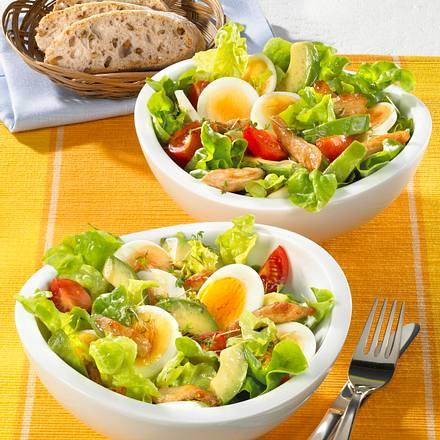 Frischer Salat mit Pute und Avocado Rezept