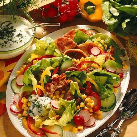 frischer salat mit puten medaillons rezept chefkoch rezepte auf kochen backen und. Black Bedroom Furniture Sets. Home Design Ideas