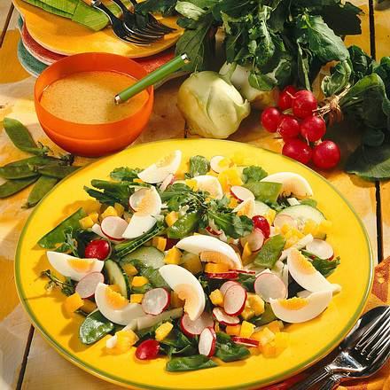 Frischer Salat mit Rucola Rezept