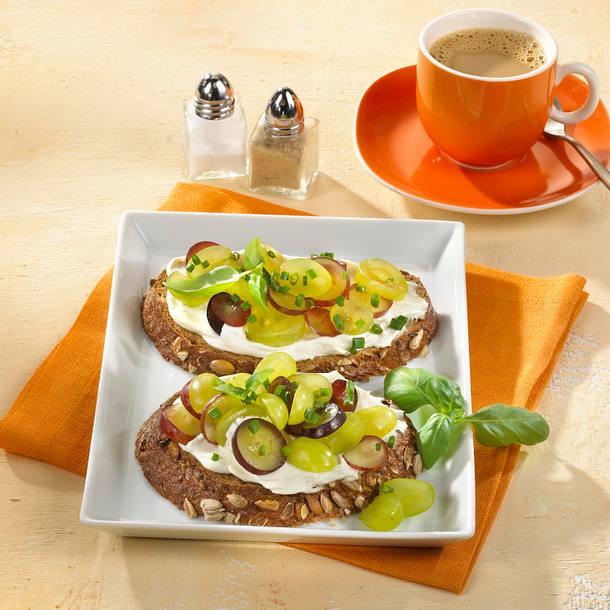 Frischkäse-Trauben-Brot Rezept