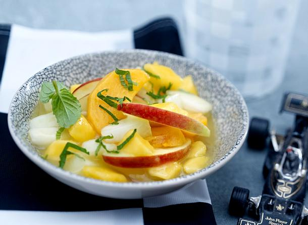 Fruchtgrütze mit Mango, Melone und Kaki Rezept