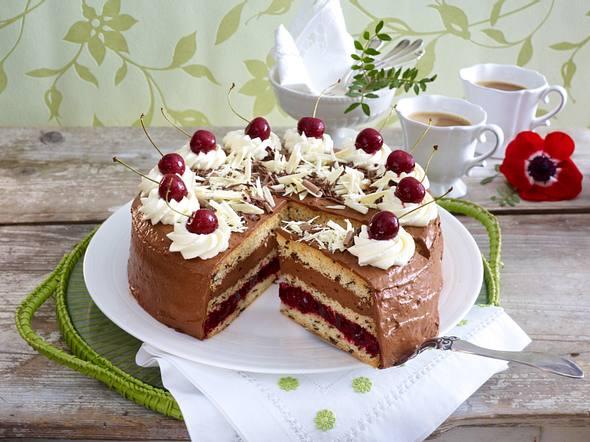Fruchtige Mousse au chocolat-Torte Rezept