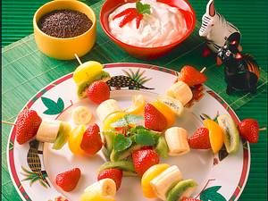 Fruchtspieße mit Sahne-Joghurt Dip Rezept