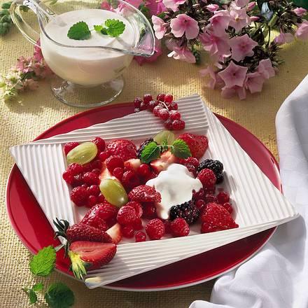 Fruchtsuppe mit Pfirsich & Himbeeren Rezept