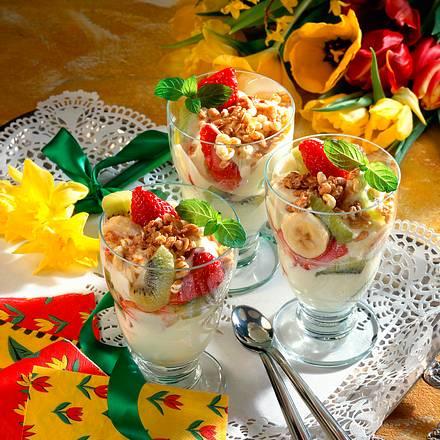 Früchte mit Vanille-Creme Rezept