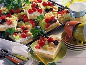 Früchtekuchen auf dem Blech Rezept