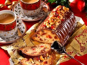 Früchtekuchen mit Schokoguß Rezept