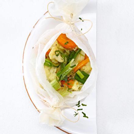 Frühlingemüse aus dem Pergament-Päckchen (Trennkost, neutral) Rezept