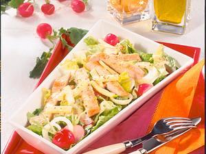 Frühlingssalat mit Putenstreifen Rezept