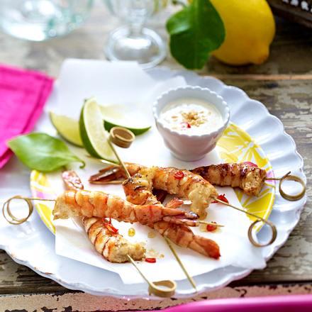Garnelen-Saté mit Erdnuss-Chili-Mayonnaise Rezept