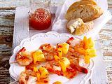 Garnelen vier mal anders (Scharfe Spaghetti mit Garnelen, gebratene Garnelenspieße, Garnelencocktail, Garnelen-Rösti) Rezept