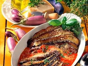 Gebackene Auberginen in Tomatensoße Rezept