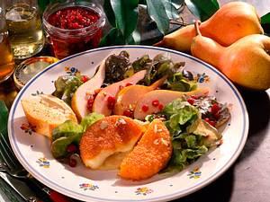 Gebackene Camembert mit fruchtigem Birnensalat Rezept