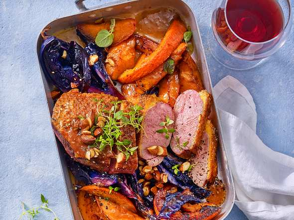 Gebackene Entenbrust auf Rotkohl mit Orangensoße Rezept