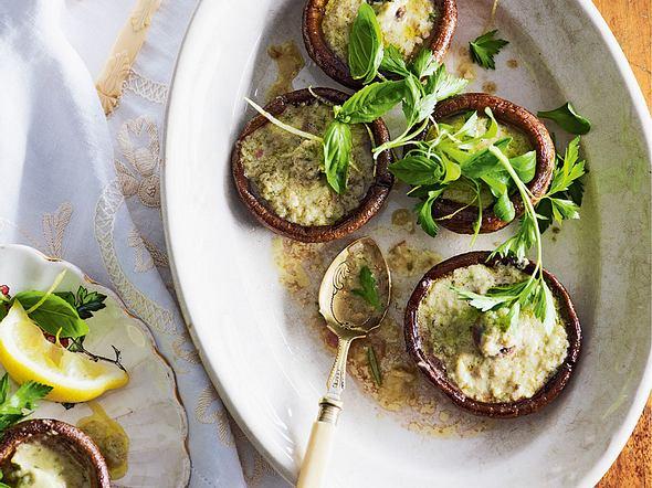 Gebackene Portobellopilze mit Frischkäse Rezept