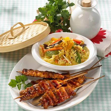 Gebackene Schnitzel-Spieße zu Asia-Reis Rezept