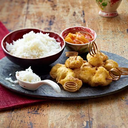 Gebackene Schweinefleischspieße mit süß-saurer Soße und Basmati-Reis Rezept
