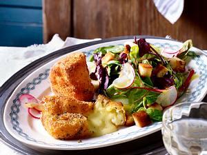 Gebackener Camembert auf Salat Rezept