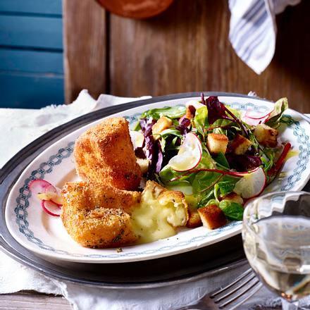 gebackener camembert auf salat rezept chefkoch rezepte auf kochen backen und. Black Bedroom Furniture Sets. Home Design Ideas