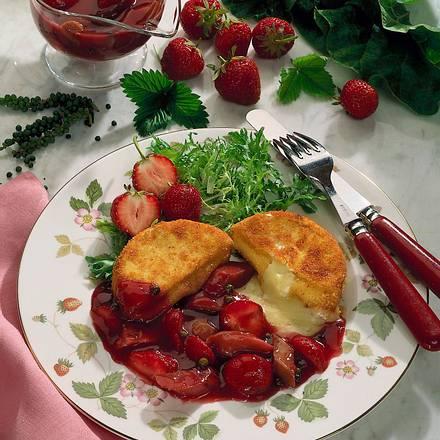 Gebackener Camembert mit Erdbeer-Rhabarberkompott Rezept