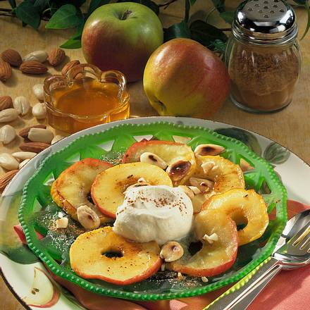 Gebratene Apfelscheiben mit Honig Rezept
